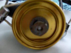 Images showing inside nut from broken knob still on reel